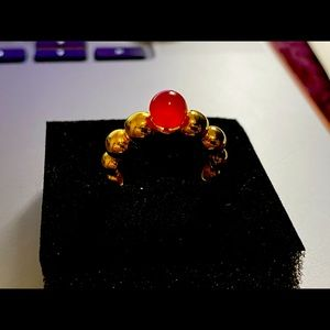 Inspired VCA bubble ring size 7 k-18 yellow gold